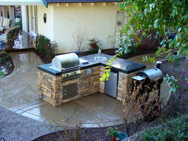 How-to-build-a-small-barbecue-area.jpg